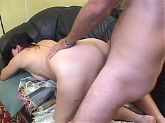 Hot cougar with hairy cunt gobbles fuck and gets fucked doggystyle on couch