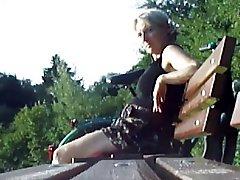 Teaser Cum for MILF in park
