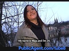 Publicagent Brunette is paid for sex from a stranger on the street