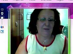 Brazilian Mature on webcam