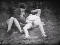 Lesbians Finger Play 1917