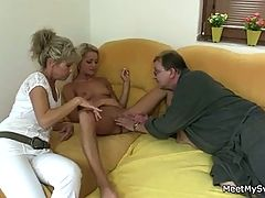 Naked blonde involved into 3some