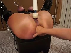 Fisting the ass of an udder bound PAWG piggy