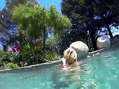 Bimbo stranded in his pool