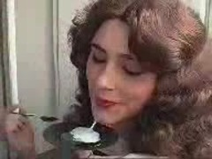 Girl eating cum with a Spoon ! Amazing DudeNWK
