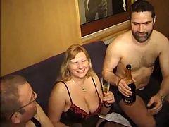 German privat amateurs group sex BMW