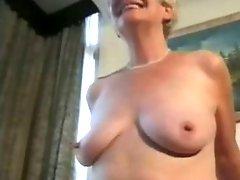 Amateur Granny Enjoys A Fuck !