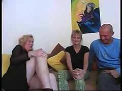 Mature likes to suck and watch anal sex