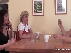 Teen dick addict matures giving bj to stripper