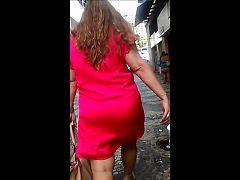 Madura bunduda de vestido