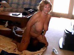 Mature hot wife fucks black bull